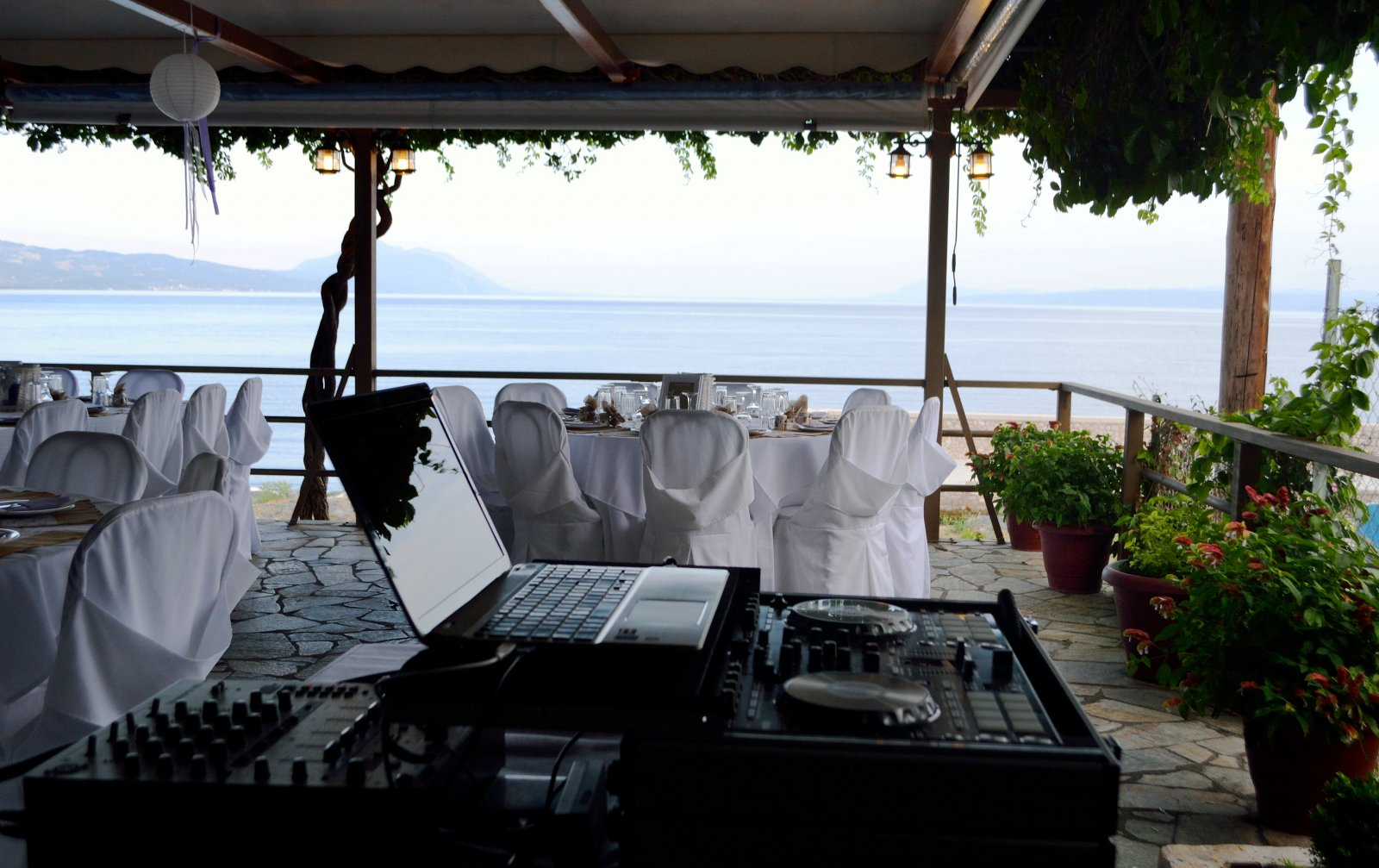 Pharos Rooms - Ilia Edipsos Evia Island Greece